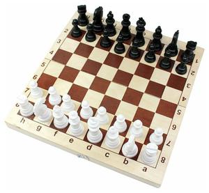Игра настольная Шахматы и шашки Десятое королевство походные пластиковые, с деревянной доской 29*29см