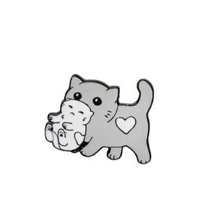 """Значок """"Кошка с котёнком"""", цвет серо-белый"""